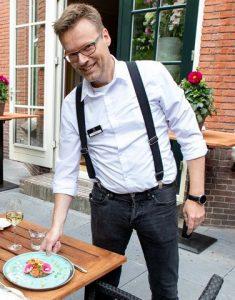 Gezellig genieten op ons terras is Soest van een kopje koffie, fijne lunch, heerlijke borrel of een culinair diner