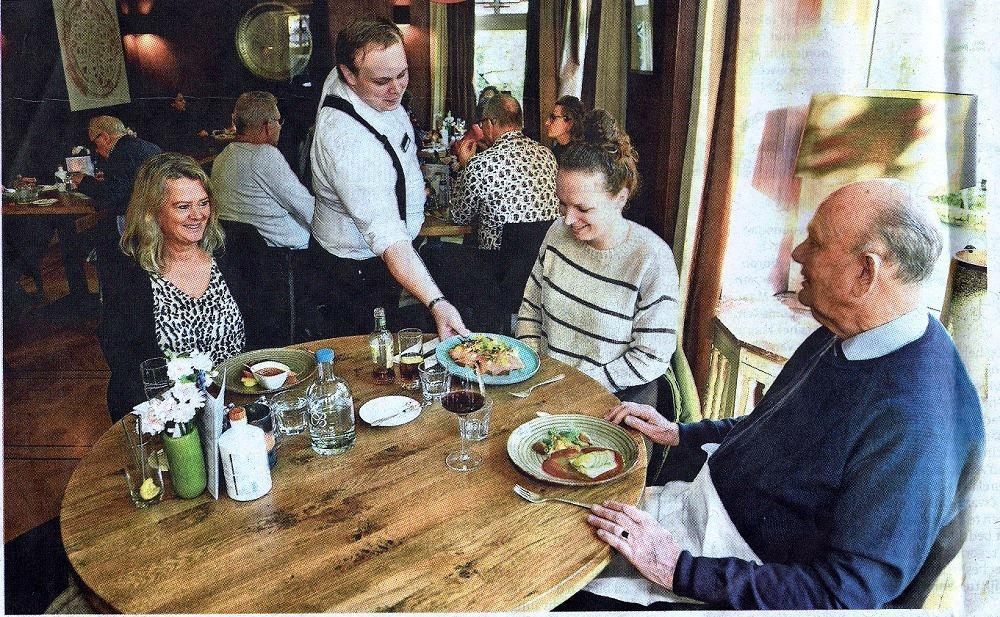 Vacature leerling bediening, ben je opzoek naar een leuke werkplek in de bediening, kom dan naar de Eetvilla in Soest, nabij Amersfoort en Utrecht.