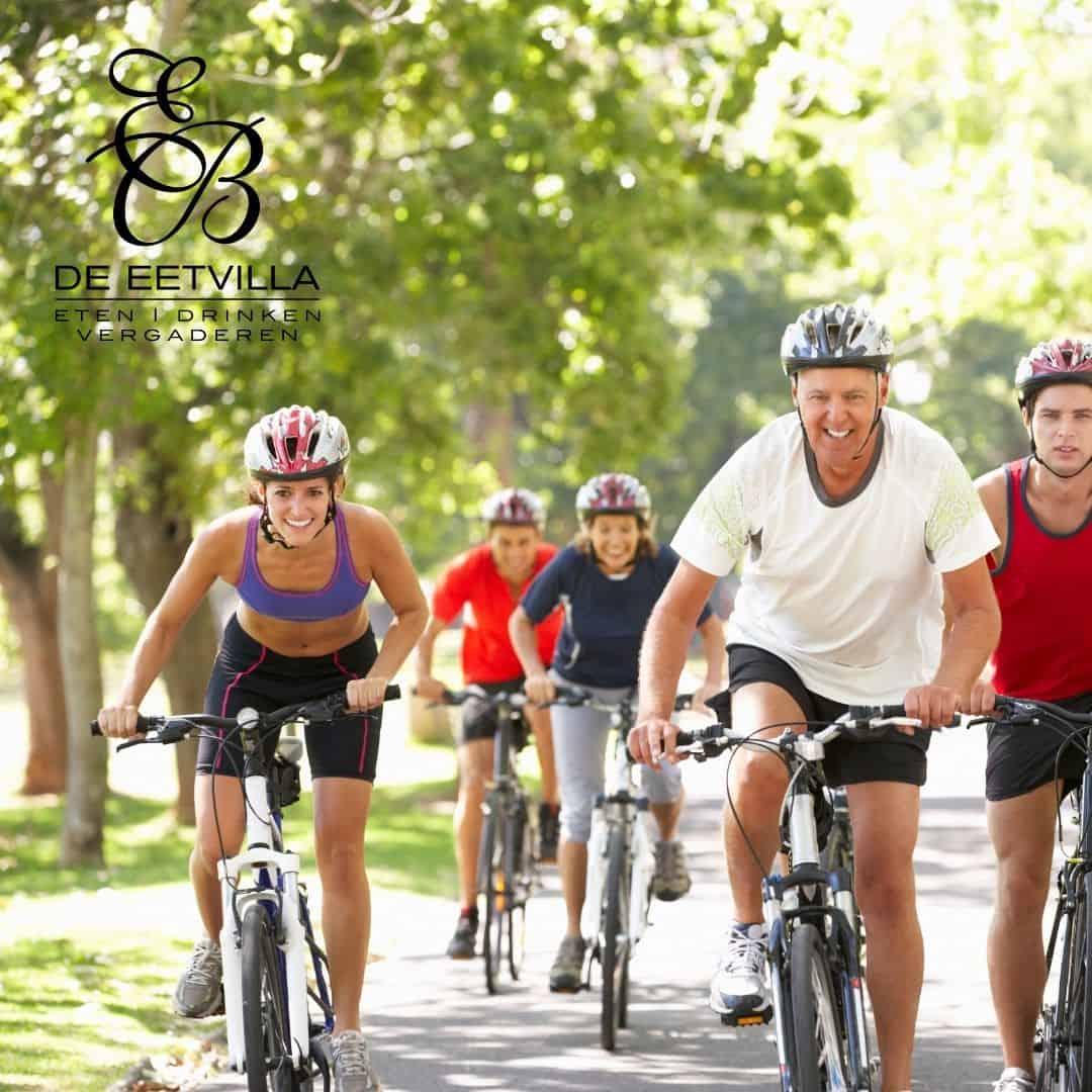 Lekker fietsen in de omgeving van de Soester duinen en dan even lekker een terrasje pakken bij restaurant de Eetvilla.