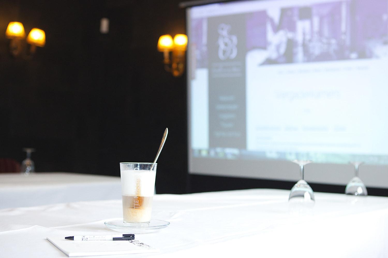 Bent u opzoek naar een dagvergadering. Restaurant de Eetvilla in het bosrijke Soest heeft diverse dagvergaderarrangementen.